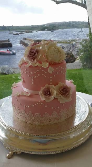 2_tier_round_wedding