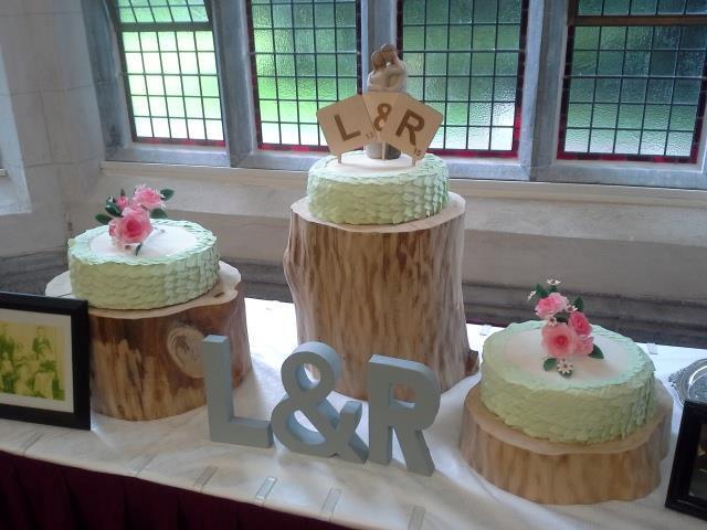 3_tier_wedding_wooden