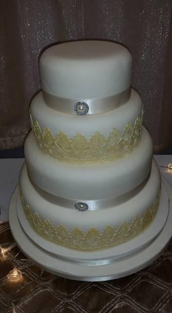 lace_wedding